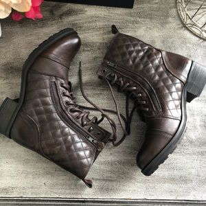 Steve Madden Brown Boots Size 8